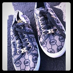 ✨MK Sneakers PERFECT for Fall & Winter✨